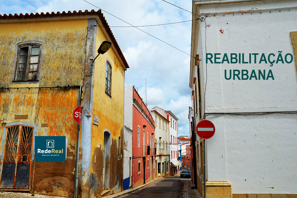BUYING PROPERTY FOR URBAN REHABILITATION IN PORTUGAL