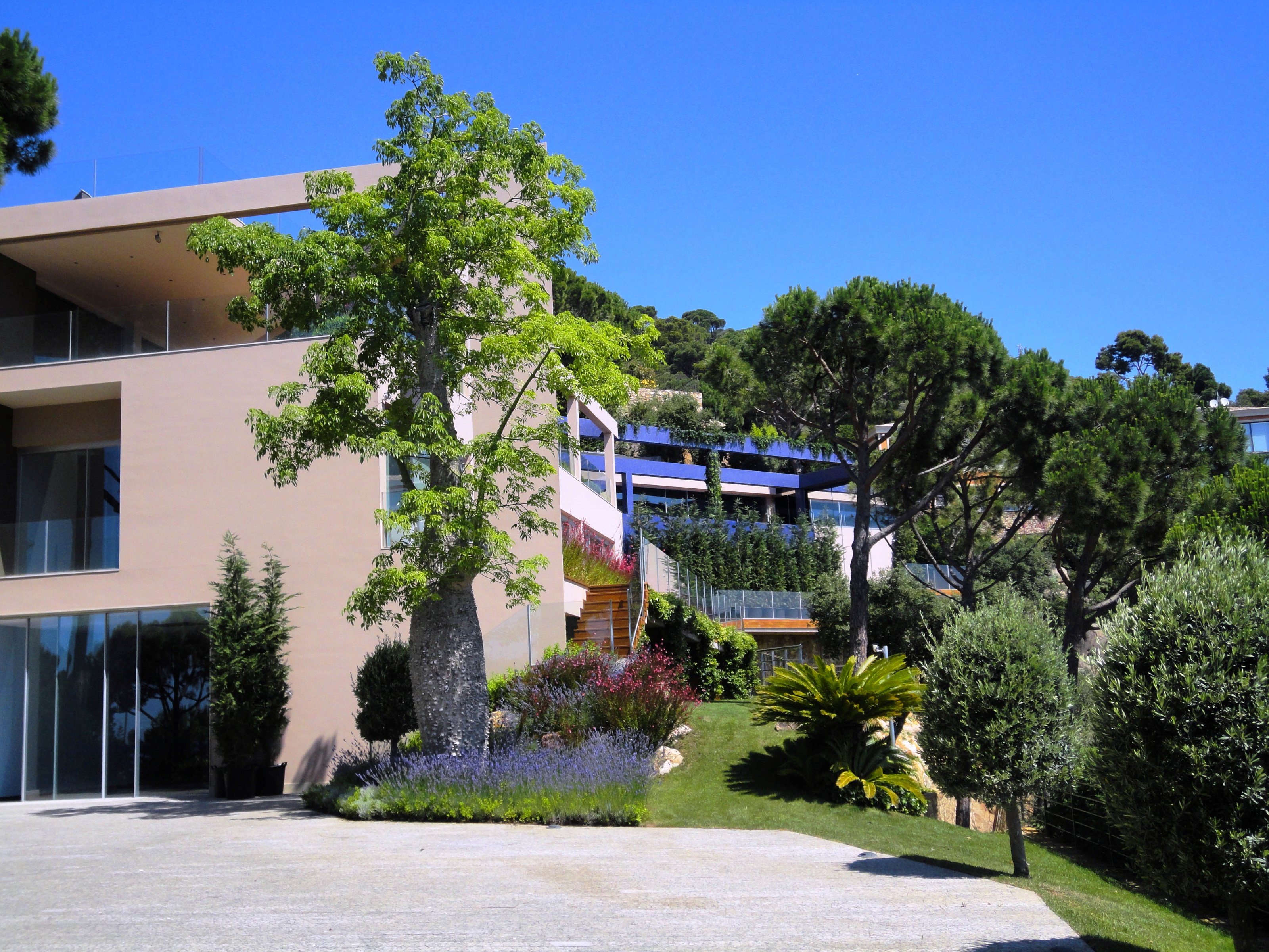 NICE HOUSE-THE BOTANICAL COLLECTION-SPAIN-PUNTA BRAVA.GIRONA.SPAIN